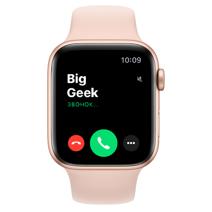 Apple Watch SE GPS, 44mm, корпус из алюминия золотого цвета, спортивный ремешок цвета «розовый песок»