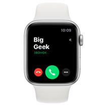 Apple Watch SE GPS, 44mm, корпус из алюминия серебристого цвета, белый спортивный ремешок